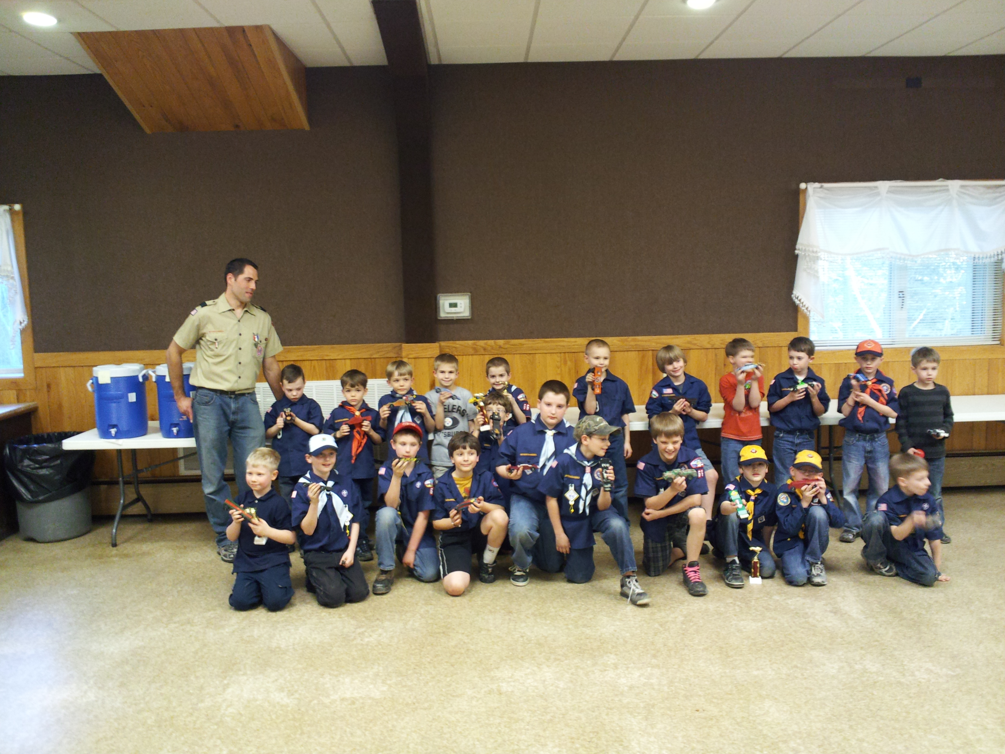 2012 Pine Wood Derby Crew